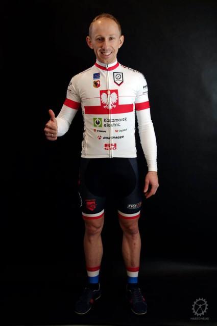 Marek Konwa w strojach na sezon 2016