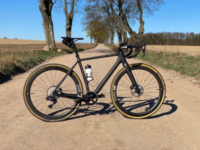 GRAVEL KONWA bike